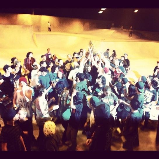 Fourstar & Epidemic Skateshop Demo with DJ Alf Alpha